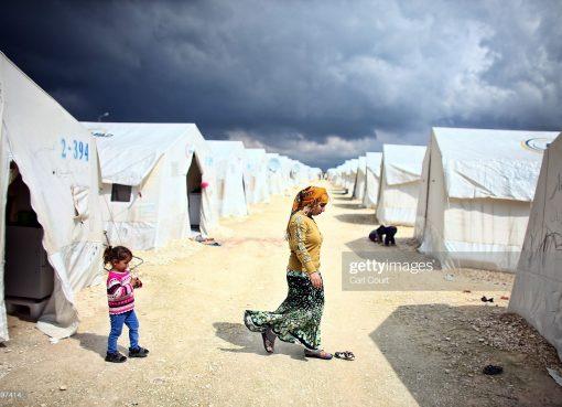 الإنتاج المعرفي في زمن الحرب واللجوء: تطوير ارضية مشتركة لمجال البحث في وحول سوريا (المعرفة والحرب)